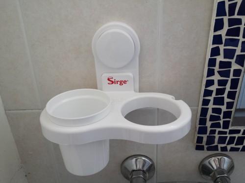 Accessori Da Bagno Con Ventosa : Sirge porta asciugacapelli dentifricio spazzolini pettine