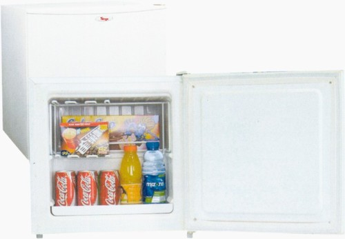 Tavoli mediaworld mini congelatore for Mini frigo usato