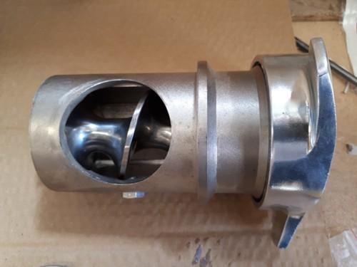 Tritacarne e Grattugia Professionale 900 Watt 2 in 1 Doppia Testa Multifunzione Grattaformaggio e Macina Carne 900 WATT