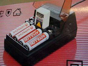 Carica batterie Ni-Cd per stilo, ministilo, 9v e batterie a pastiglia
